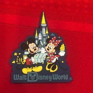 Disney WDW Mickey/Minnie with Castle Magnet